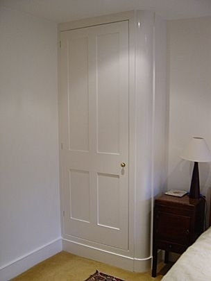 Curved Corner Wardrobes Doors For Most Recently Released Concertina Doors Opening Round A Corner On A Wardrobe – Google (View 1 of 15)
