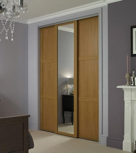 Doors In Oak Mirrored Wardrobes (Gallery 8 of 15)