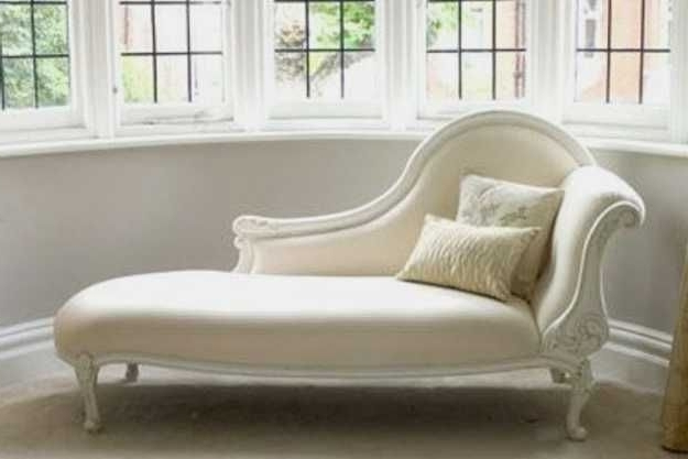 Elegant Chaise Lounge Chairs With Favorite High Chic Elegance Daybeds Furniture (Gallery 4 of 15)