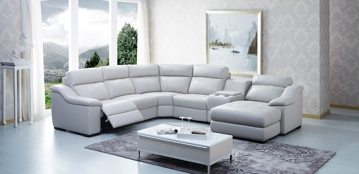 Endearing Modern Reclining Sectional Sofa Leather In Inspirations With Famous Leather Recliner Sectional Sofas (View 8 of 10)