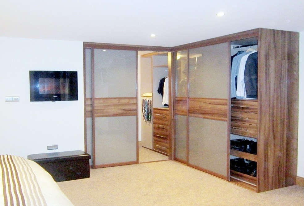 Famous Corner Wardrobes Regarding Corner Wardrobes (View 8 of 15)