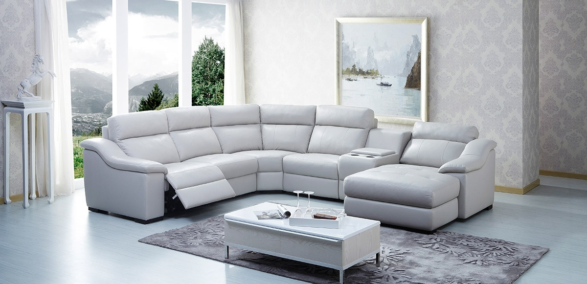 Famous Sectional Sofas With Consoles Pertaining To Modern Leather Sectional Sofa W/ Beverage Console And Recliners (View 3 of 10)