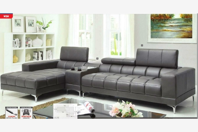 Fantastic Grey Sectional Sofa With Chaise With Modern Gray Leather Inside Well Liked Grey Chaise Sectionals (View 3 of 15)