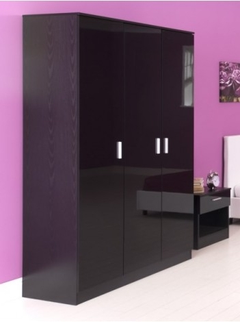 Fashionable 3 Door Black Gloss Wardrobes Pertaining To High Gloss 3 Door Wardrobe (View 6 of 15)