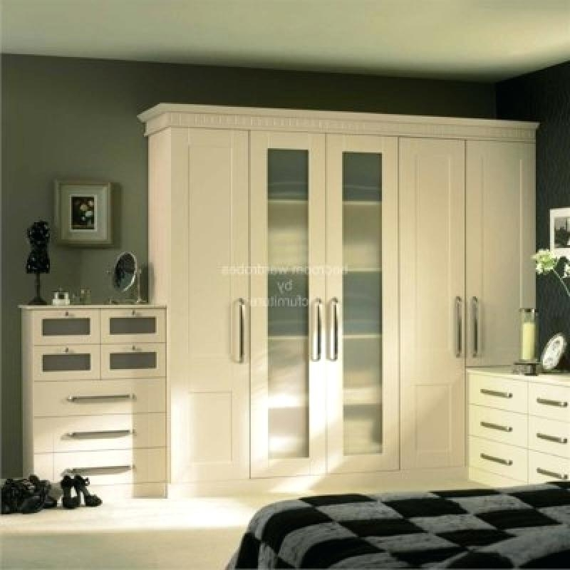 Fashionable 6 Door Wardrobes Bedroom Furniture With Regard To Wardrobe Bedroom Furniture Modern 6 Door Wardrobe In Tobacco Elm (View 8 of 15)