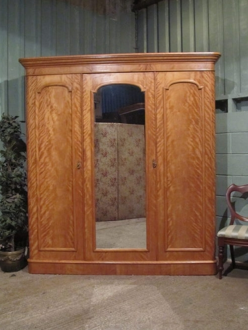 Fashionable Antique Victorian Satin Birch Triple Wardrobe – Antiques Atlas In Antique Triple Wardrobes (View 8 of 15)