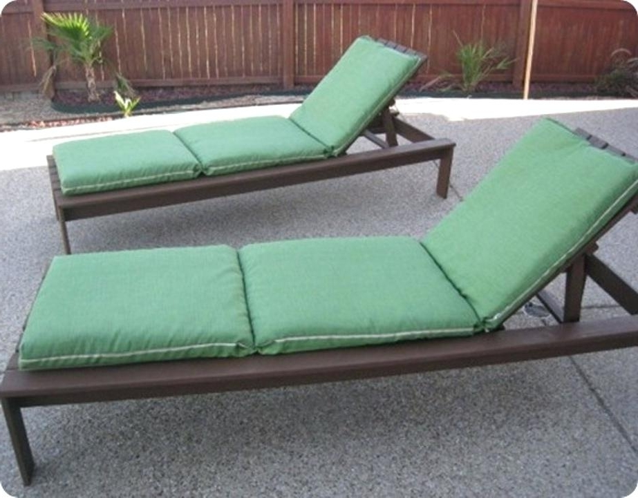 Fashionable Inexpensive Lounge Chairs – Rabotanadomu Pertaining To Inexpensive Outdoor Chaise Lounge Chairs (View 5 of 15)