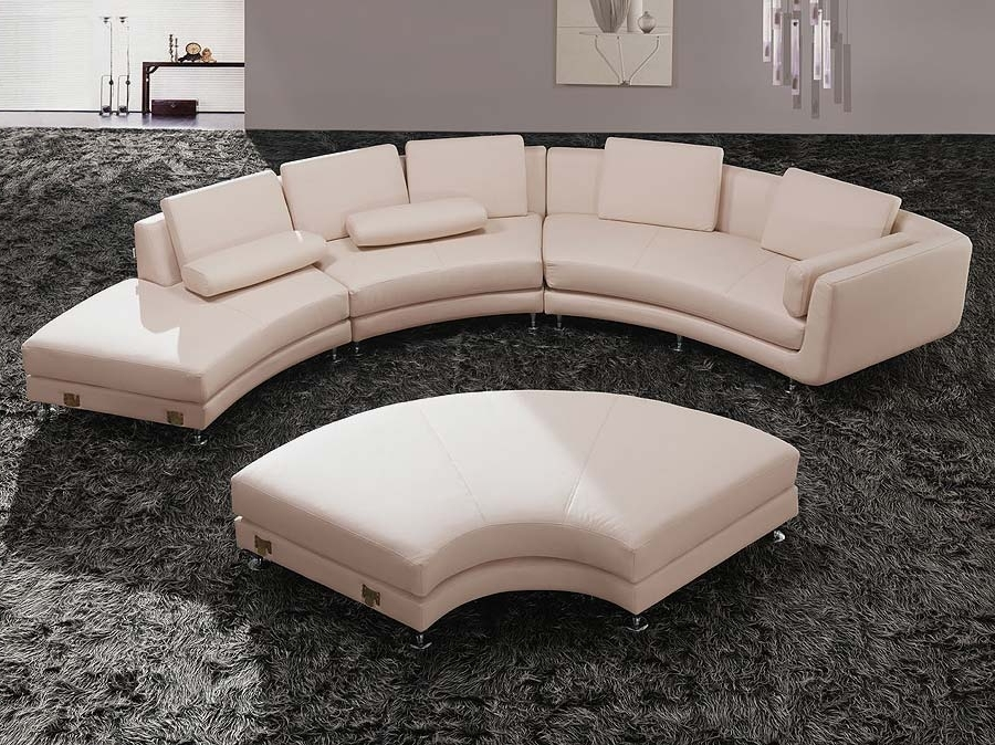 Fashionable Round Sofas Throughout Indoor Beauty Enhancementthe Use Of The Round Sectional Sofa (View 3 of 10)