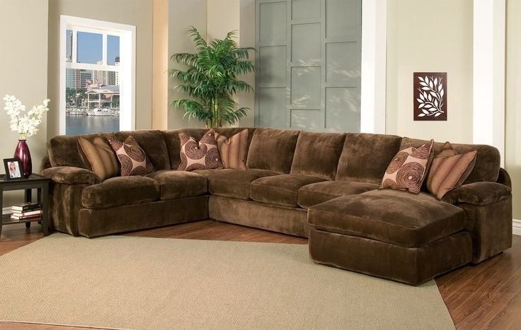Fashionable Sectional Sofa Design: Decorative Sectional Sofa Oversized Chaise Regarding Brown Sectionals With Chaise (View 4 of 15)