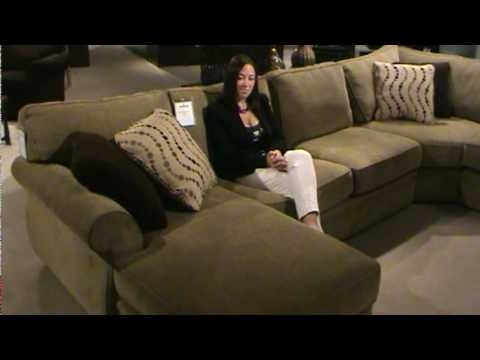 Favorite Broyhill Sectional Sofas Intended For Veronica Sectional Sofabroyhill Furniture — Part I (View 9 of 10)