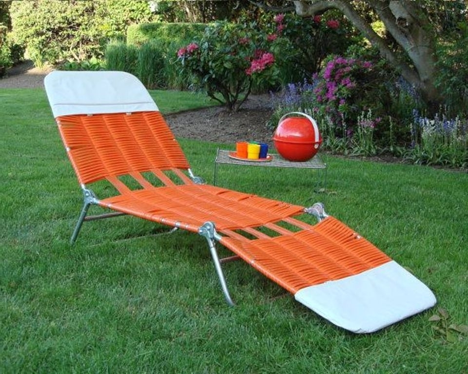 Folding Chaise Lounge Lawn Chairs In Well Liked Uses Of Folding Lawn Chairs – Bellissimainteriors (View 6 of 15)