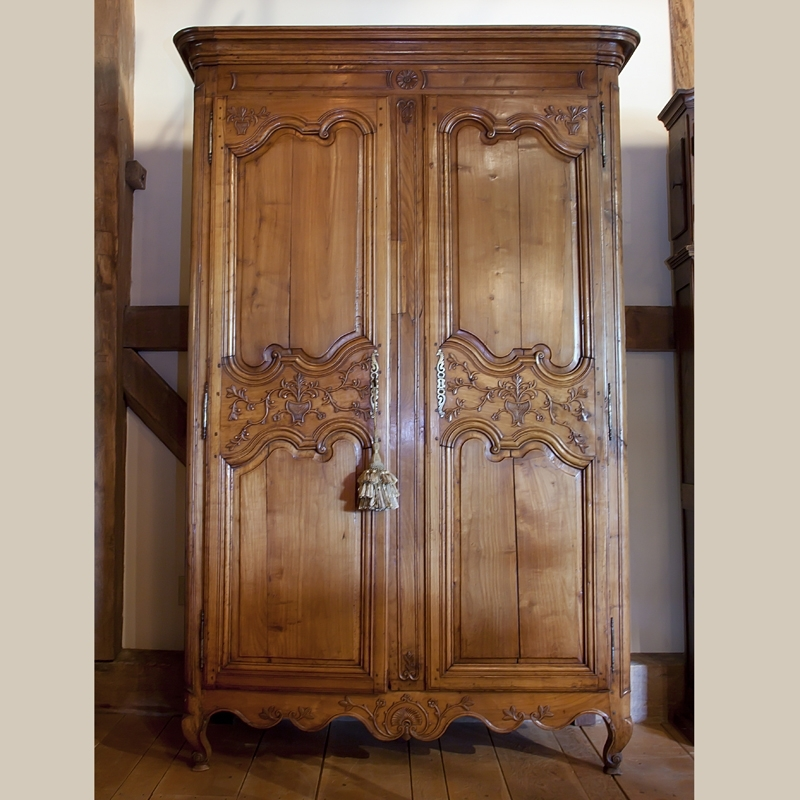 French Wardrobes For Sale Pertaining To 2017 Country French And English Antique Furniture And Accessories (View 11 of 15)