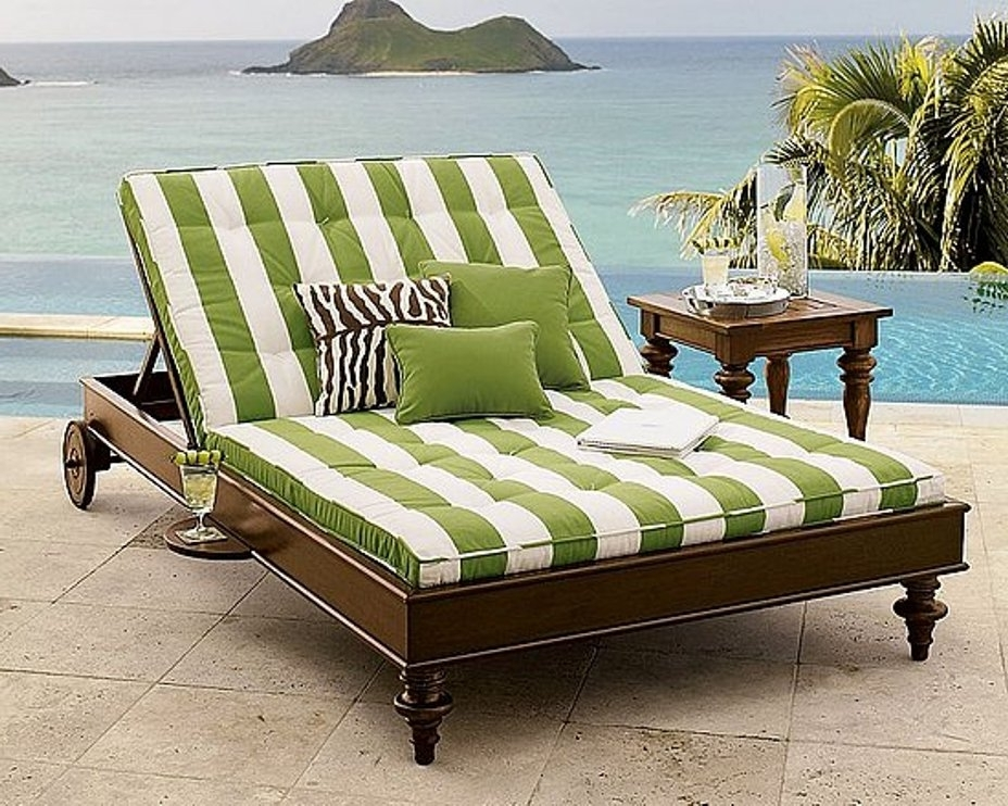 Furniture: Rattn Frame Double Outdoor Chaise Lounge With Curved Pertaining To Trendy Outdoor Double Chaise Lounges (View 5 of 15)