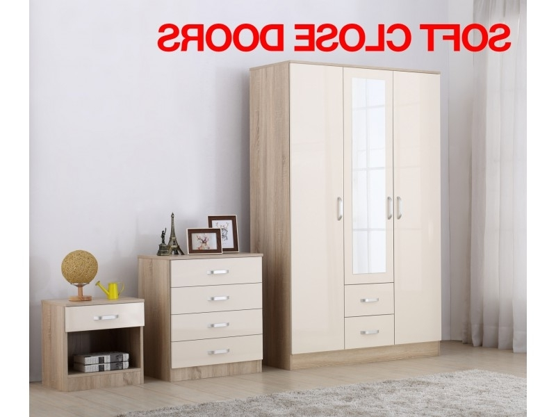 Gladini Xl Cream/oak High Gloss 3 Door 3 Piece Bedroom Furniture In Trendy Cream Gloss Wardrobes (View 5 of 15)