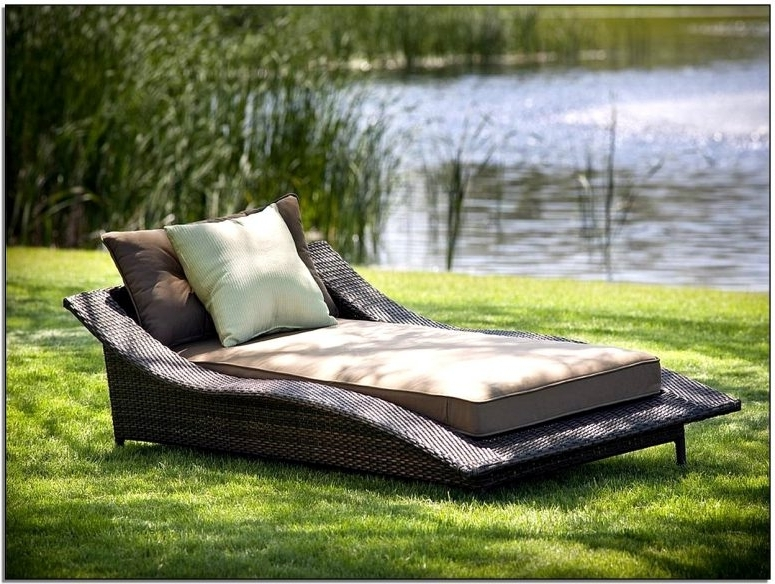 Gorgeous Comfortable Patio Lounge Chairs Most Comfortable Outdoor Pertaining To Famous Comfortable Outdoor Chaise Lounge Chairs (View 3 of 15)