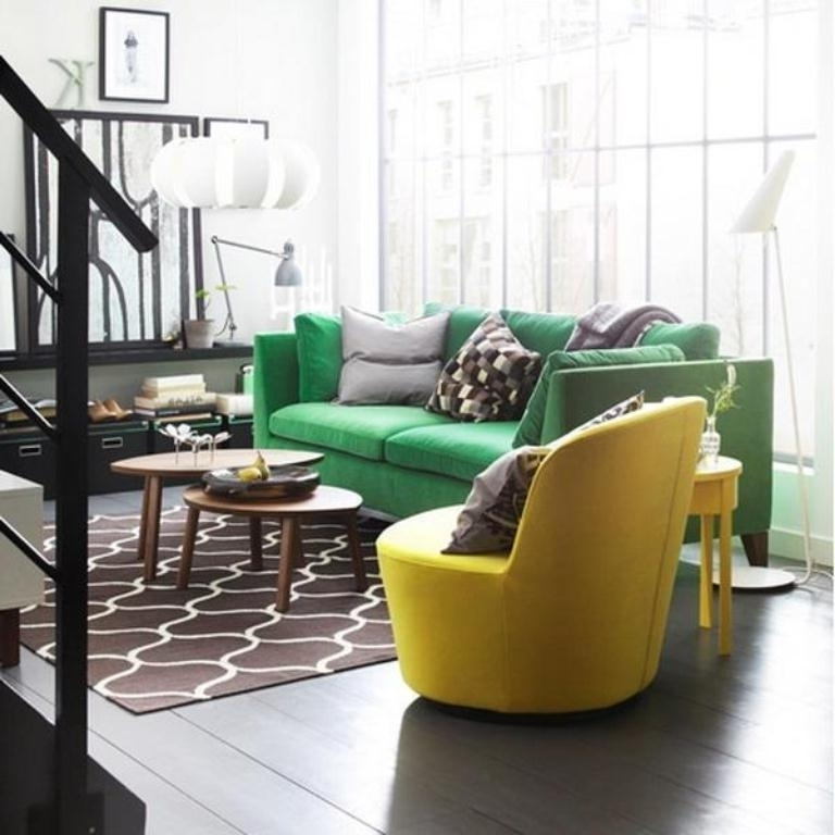 Green Sofa Chairs Inside Famous Vintage Living Room Decoration Ideas With Green Sofa And Yellow (View 4 of 10)