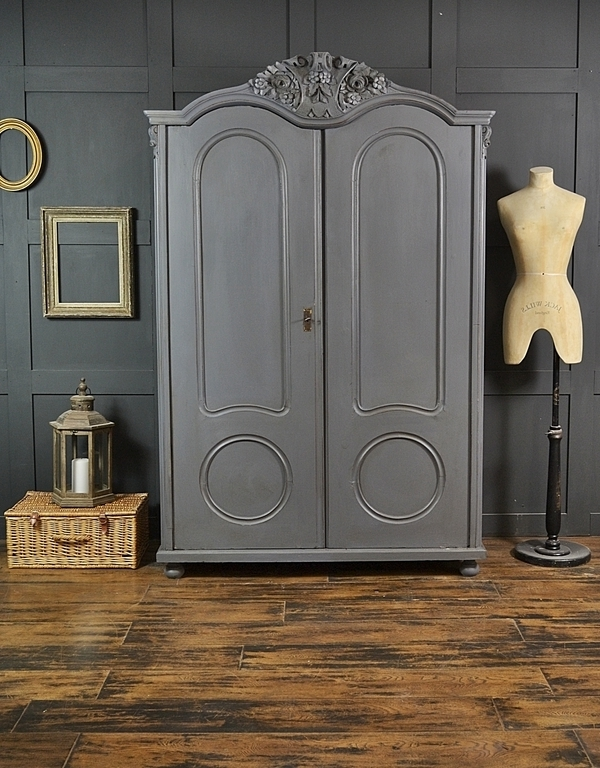 Grey Shabby Chic Antique Ornate Top Double Wardrobe (Gallery 15 of 15)