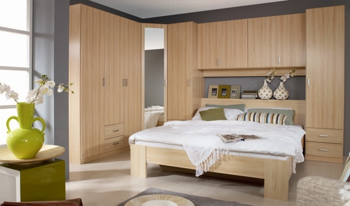 Image Result For Wardrobe Over Bed (View 8 of 15)