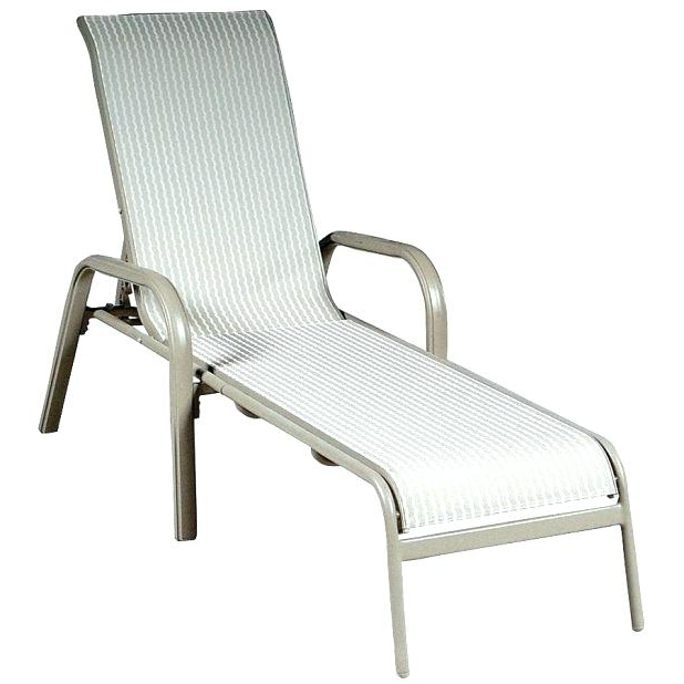 Inexpensive Outdoor Chaise Lounge Chairs Pertaining To Famous Discount Outdoor Chaise Lounge – Brunoluciano (View 15 of 15)