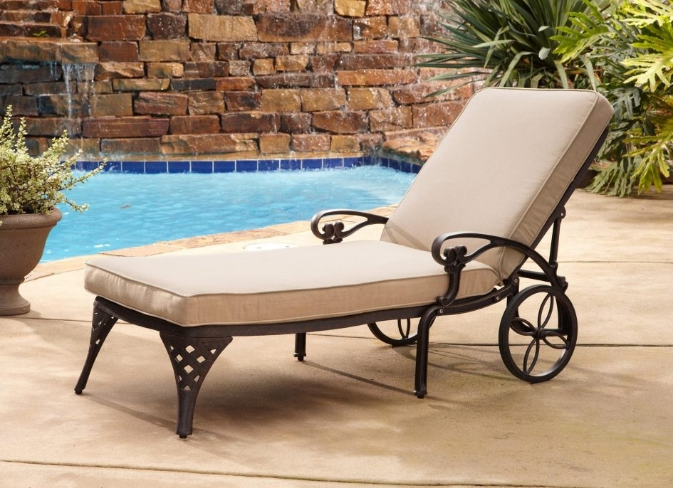 Inexpensive Outdoor Chaise Lounge Chairs With 2017 Patio Furniture Outlet Inexpensive Outdoor Furniture Beach Lounge (Gallery 6 of 15)