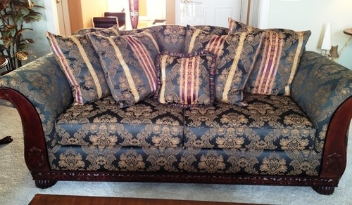 Is This Sofa Design/print Still In Fashion? Inside Newest Old Fashioned Sofas (Gallery 8 of 10)