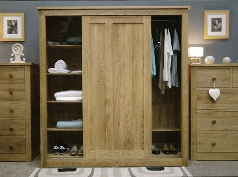 Large Sliding Door Wardrobes Sliding Door Oak Wardrobe Wild Oak Regarding Fashionable Large Oak Wardrobes (View 8 of 15)