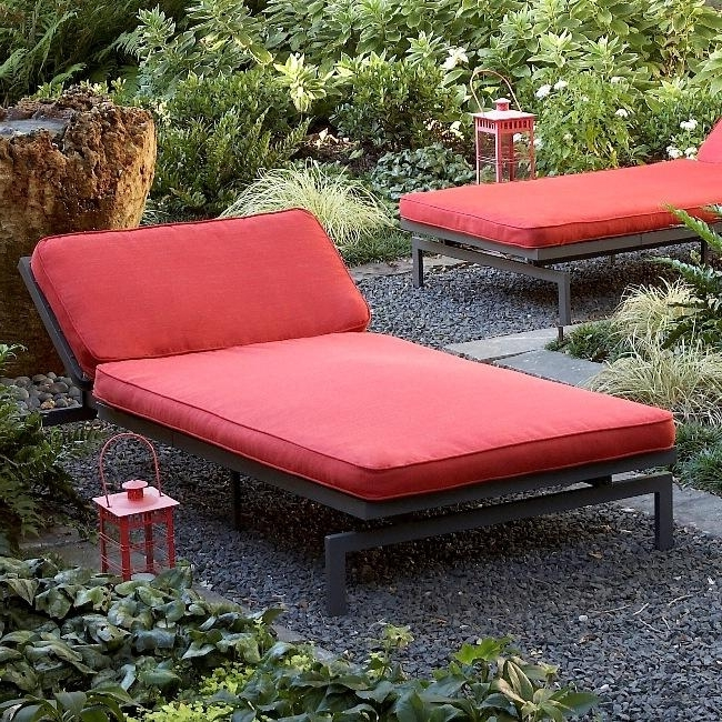 Latest Extra Wide Outdoor Chaise Lounge Chairs In Amazing Of Oversized Outdoor Chaise Lounge Alyssa Textured Crimson (View 5 of 15)