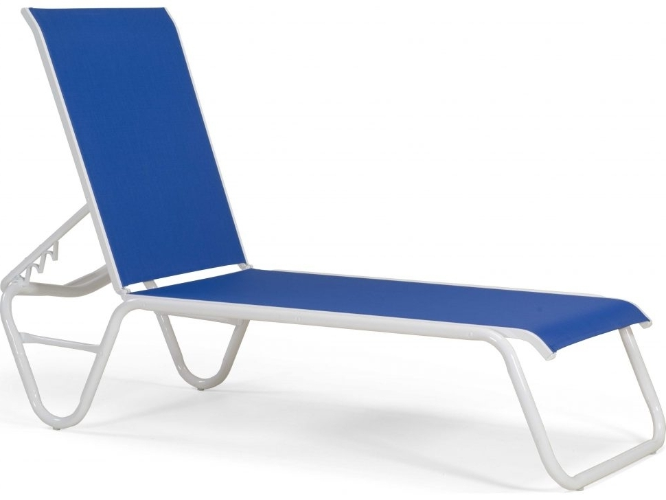 Lightweight Chaise Lounge Chairs Regarding Widely Used Bedroom Chaise Lounge Lay Flat Beach Loungelay Chairhat Chairs (Gallery 3 of 15)