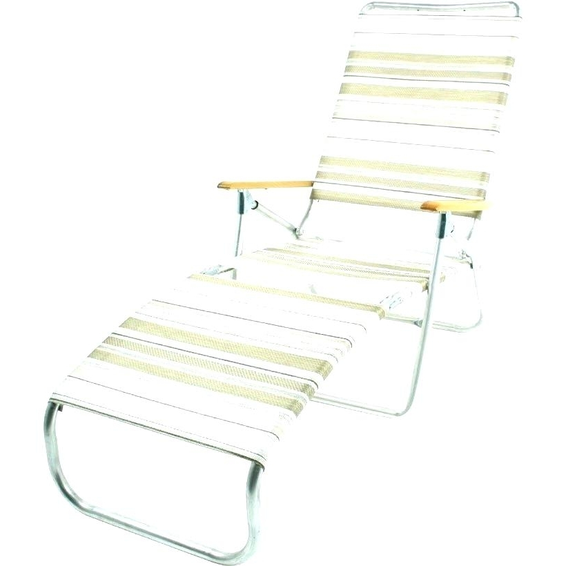 Lightweight Folding Chaise Lounge S Lightweight Beach Chaise Pertaining To Most Popular Lightweight Chaise Lounge Chairs (View 11 of 15)