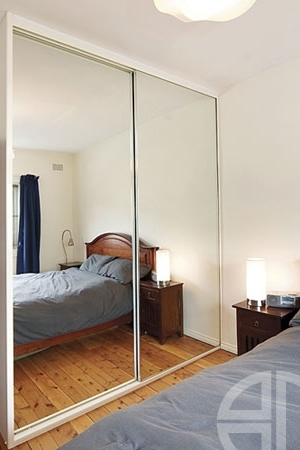 Mirror Wardrobes Within Popular Mirror Wardrobes Gallery (View 9 of 15)