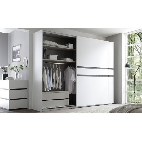Modern Bedroom Furniture Uk, White And Black High Gloss Furniture Throughout Popular Black Shiny Wardrobes (View 11 of 15)
