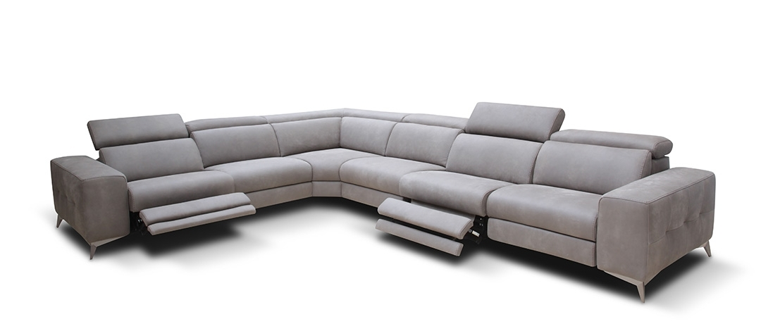 Modern Reclining Leather Sofas In Preferred Modern Reclining Sectional Sofa Leather — Fabrizio Design : Cool (View 3 of 10)