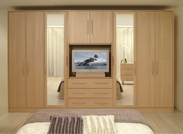 Most Current 10 Modern Bedroom Wardrobe Design Ideas Regarding Bedroom Wardrobes (View 7 of 15)