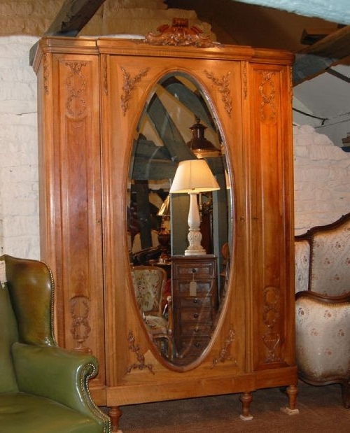 Most Popular 3 Door French Wardrobes With Regard To French Armoire / Wardrobe 3 Door (View 8 of 15)