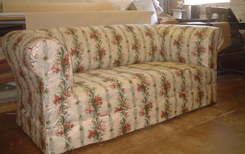 Most Popular Chintz Covered Sofas Regarding Sofa Design: Luxurious Chesterfield Sofa Covers Ideas Chesterfield (View 8 of 10)