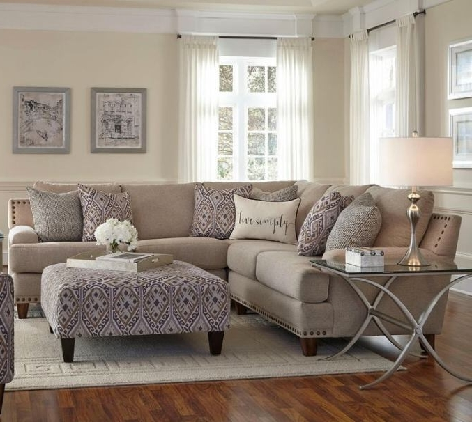 Most Popular Jackson Ms Sectional Sofas Within Franklin Julienne Sectional Sofa With Four Seats – Miskelly (View 6 of 10)