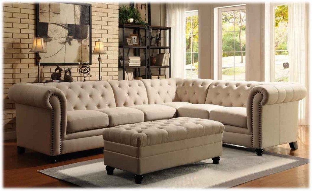 Most Recent Best Traditional Sectional Sofas With Chaise Contemporary Inside Tufted Sectional Sofas With Chaise (View 2 of 10)