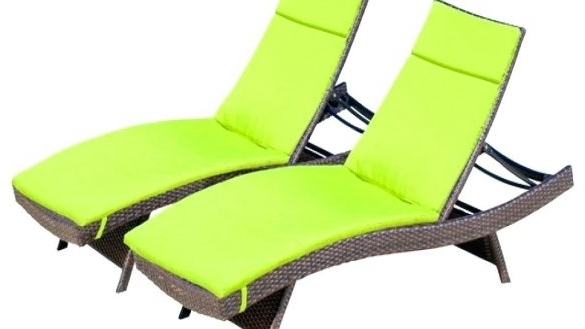 Featured Photo of Chaise Lounge Chairs With Cushions