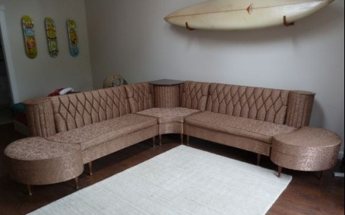 Most Recently Released Vintage Sectional Sofas Regarding Vintage Newport Chesterfield Sectional Sofa With Hideaway (View 7 of 10)