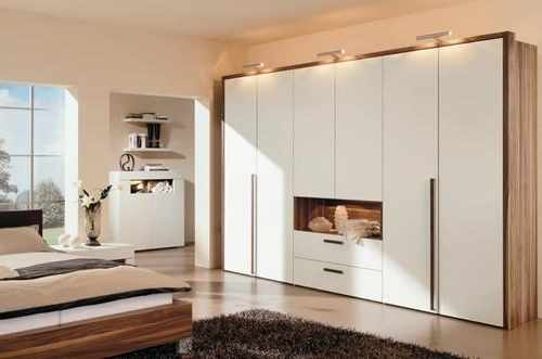 Most Up To Date Bedroom Wardrobes With Master Bedroom Wardrobe – View Specifications & Details Of Wooden (View 9 of 15)