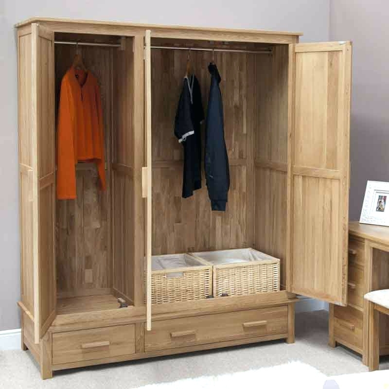 Most Up To Date Large Oak Wardrobes For Wardrobes ~ Opus Solid Oak Large 3 Door Wardrobe Ikea Hemnes Three (View 10 of 15)