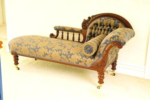 Most Up To Date Victorian Chaise Lounge Chairs Inside Chaise Lounge Victorian Chaise Gold Red Seating Chairs Chaise (View 5 of 15)