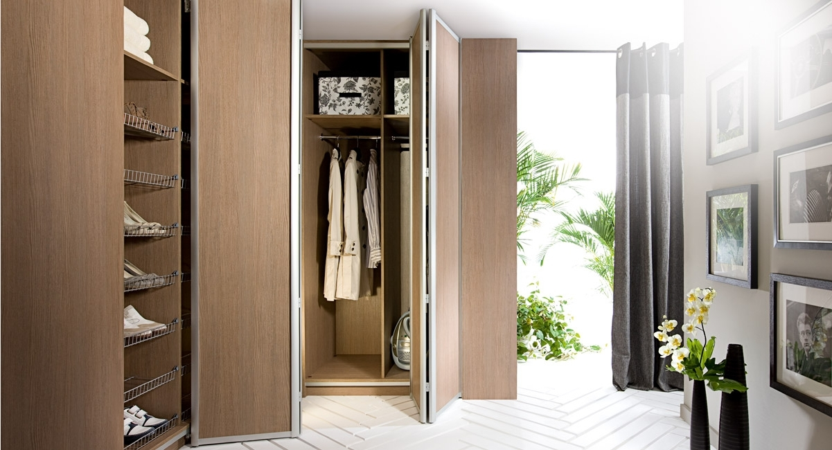 Newest Bi Folding Wardrobe Doors – Uk Offer For Folding Door Wardrobes (View 10 of 15)