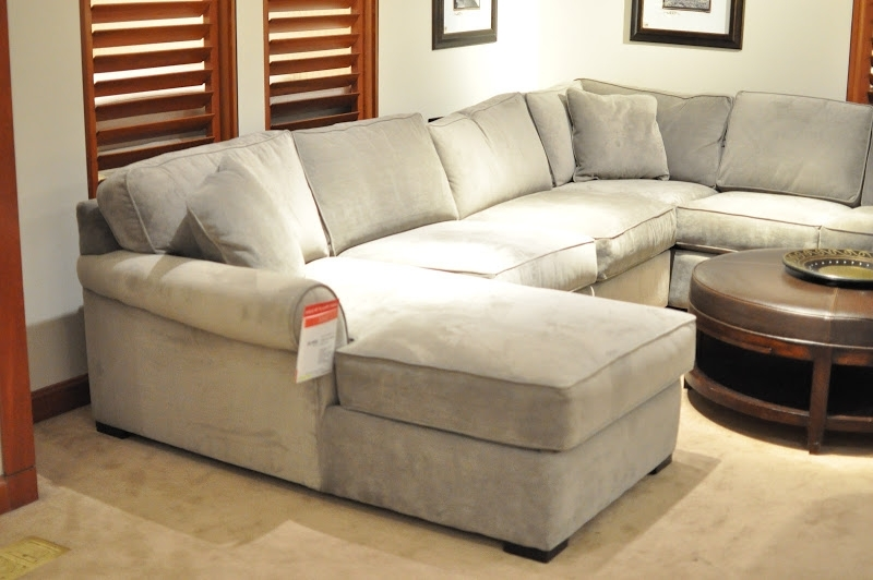 Newest Macy's Furniture Sectional Leather Sofas (4 Image) Within Macys Sofas (View 8 of 10)