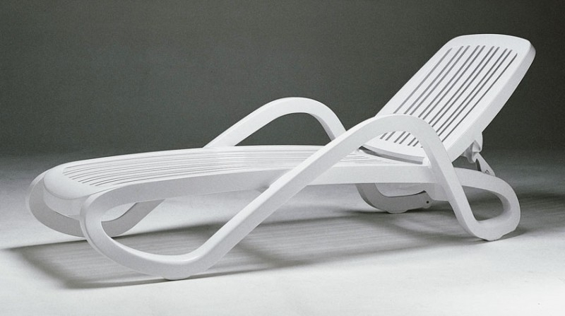 Newest Resin Patio Lounge Chairs – Foter Regarding Plastic Chaise Lounge Chairs For Outdoors (View 10 of 15)