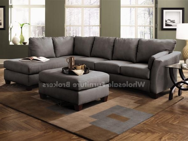 Newest Stunning Gray Sectional Sofas With Chaise Photos – Liltigertoo Inside Gray Sectional Sofas With Chaise (View 5 of 15)