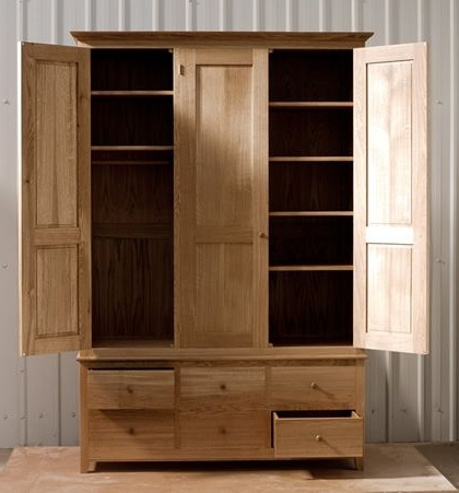 Oak Wardrobe With Solid Oak Carcass And Panels (View 15 of 15)