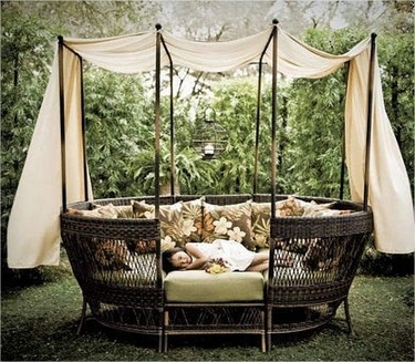 Outdoor Sofas With Canopy Pertaining To Widely Used Outdoor Wicker Daybed With Canopy (View 10 of 10)