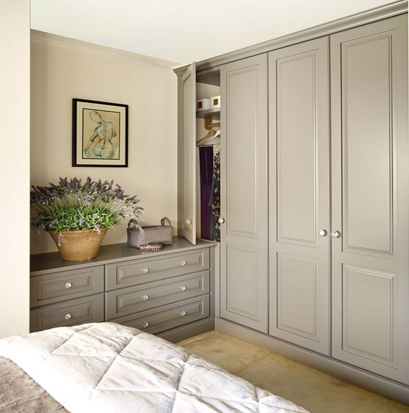 Painted Kitchens, Bedrooms Within Fashionable Bedroom Wardrobes (View 11 of 15)