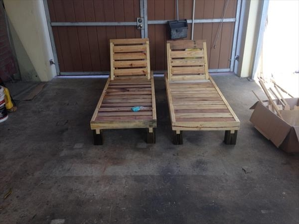 Pallet Furniture Plans For Diy Outdoor Chaise Lounge Chairs (View 12 of 15)